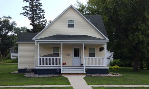 New Listing!  209 E. Elm Ave., Flandreau, SD