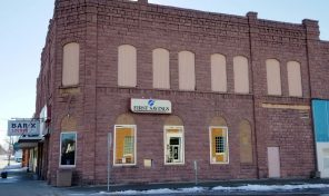First Savings Bank Building – 120 N. Wind St., Flandreau, SD
