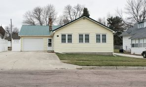 New Listing 105 W. Prospect Ave, Flandreau, SD