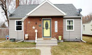 New Listing 702 W. Pipestone Ave. Flandreau, SD 57028