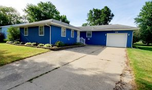 New Listing 805 W. 1st Ave. Flandreau, SD 57028