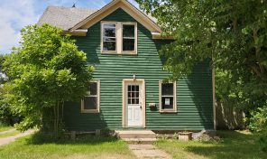 New Listing 606 S Wind St Flandreau, SD 57028