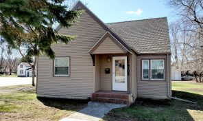 New Listing – 105 W. Elm Ave., Flandreau SD 57028