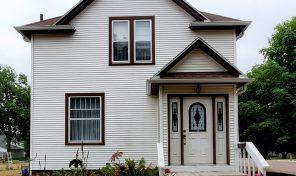 New Listing – 511 W Pipestone Ave., Flandreau, SD 57028
